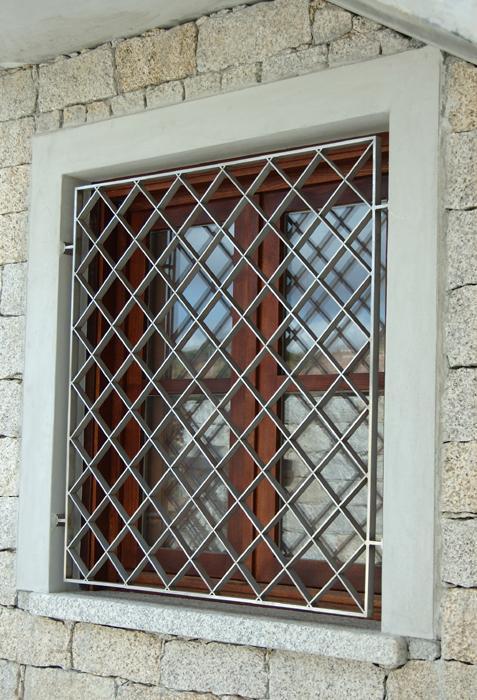 Ziranu salvatore grata in acciaio inox modello rhomboid - Modelli di grate per finestre ...